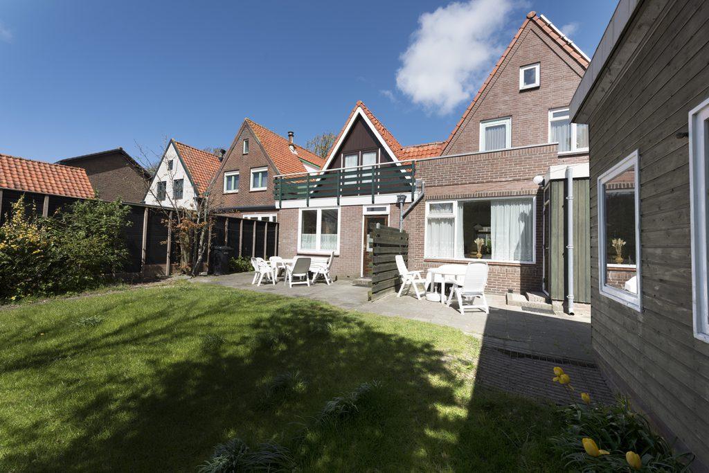 House 2 Egmond